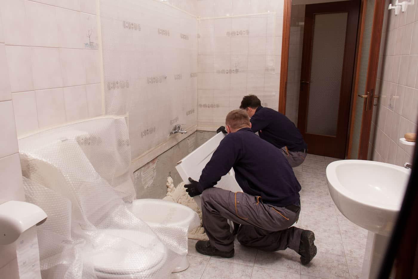 Installazione del nuovo piatto doccia